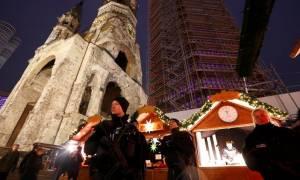 Επίθεση Βερολίνο: Σφίγγει ο κλοιός γύρω από τον Τυνήσιο δράστη (pics+vid)