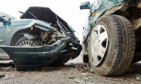 ΤΩΡΑ: Σοβαρό τροχαίο στην Αλεξάνδρας – Κυκλοφοριακό έμφραγμα