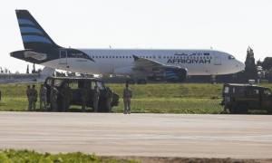 Αεροπειρατεία Μάλτα: Αφήστε ελεύθερο το γιο του Καντάφι αλλιώς ανατινάζουμε το αεροπλάνο