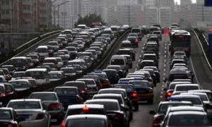 ΤΩΡΑ: Κυκλοφοριακό κομφούζιο στις κεντρικές λεωφόρους της Αττικής
