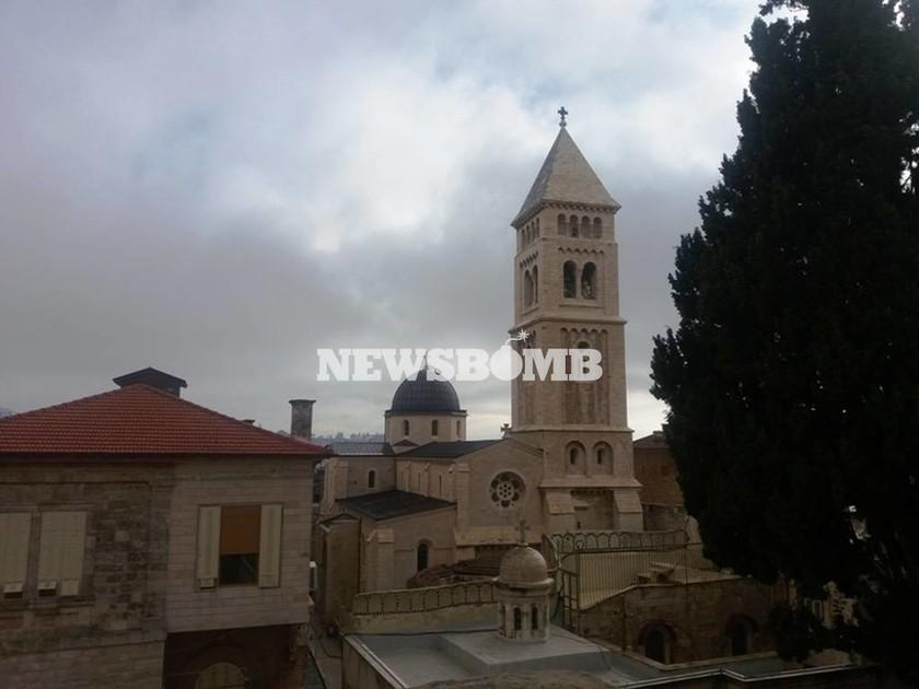 Το μοναστήρι των Αγίων Κωνσταντίνου και Ελένης είναι προέκταση του Ναού της Αναστάσεως