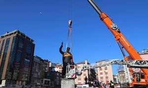 Αντιδράσεις στην Τουρκία για απομάκρυνση αγάλματος του Κεμάλ Ατατούρκ