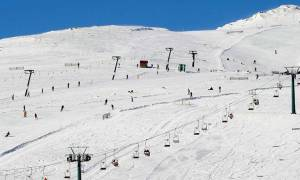 Ski on artificial snow in most Greek resorts