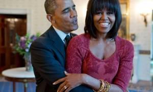 Σάλος: Ποιος ευχήθηκε «θάνατο στον Ομπάμα» και να «ξαναγίνει άντρας η Μισέλ»;