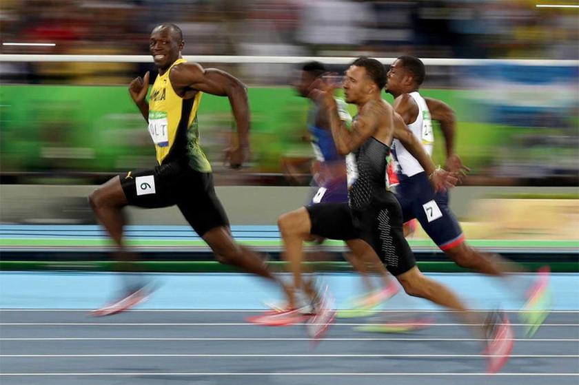 Βραζιλία - Ολυμπιακοί Αγώνες - Ο Γιούσειν Μπολτ τρέχει στον ημιτελικό των 100 μέτρων