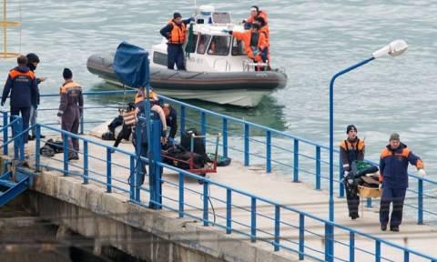 Εθνικό πένθος στη Ρωσία - Ξεβράζει πτώματα επιβατών η θάλασσα