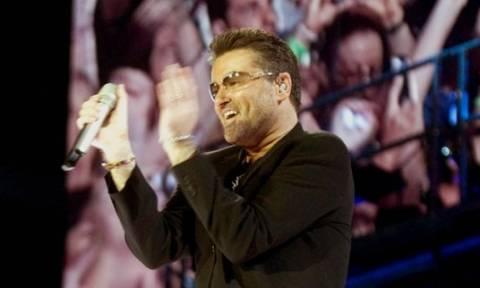 Τζορτζ Μάικλ: Η συναυλία στην Αθήνα, τα ελληνικά και η σημαία (vids)