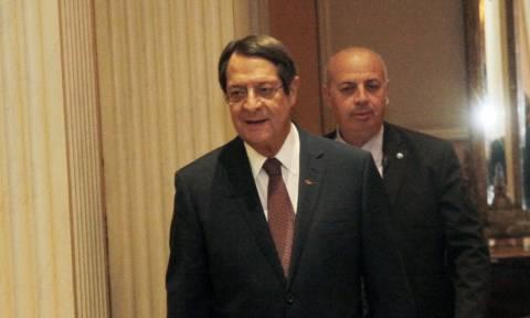 Αναστασιάδης: Να θέσουμε την Τουρκία ενώπιον των ευθυνών της - Συνάντηση με Τσίπρα