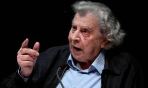Μίκης Θεοδωράκης: Η κυβέρνηση ΣΥΡΙΖΑ οδηγεί την χώρα στο χείλος του γκρεμού