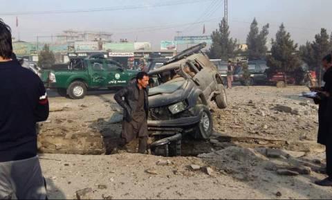 Έβαλαν βόμβα σε αυτοκίνητο βουλευτή (Vid)