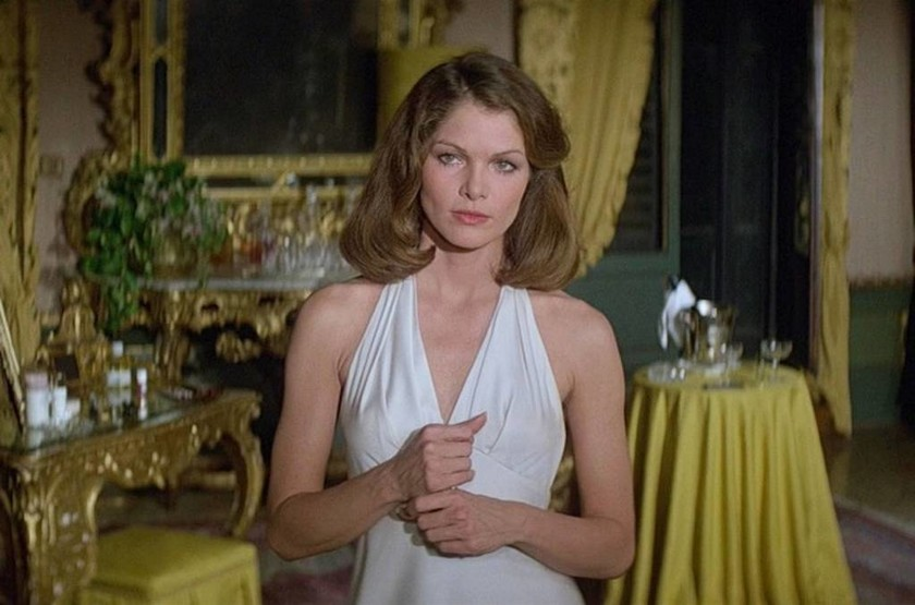1979 — Lois Chiles - Holly Goodhead