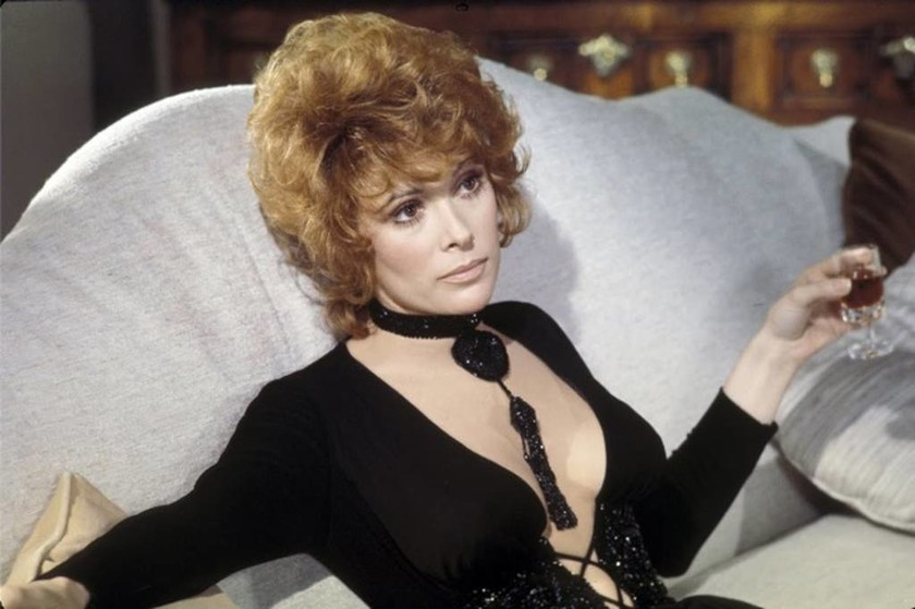 1970 — Jill St. John - Tiffany Case