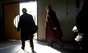 Καιρός: Θερμαινόμενες αίθουσες για τους άστεγους από το Δήμο Αθηναίων