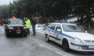 Καιρός - Live: Σφοδρή χιονόπτωση και στην Αχαΐα - Με αλυσίδες η κυκλοφορία των οχημάτων