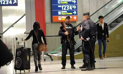 Συναγερμός στη Γαλλία: Εκκενώθηκε το αεροδρόμιο Charles de Gaulle του Παρισιού