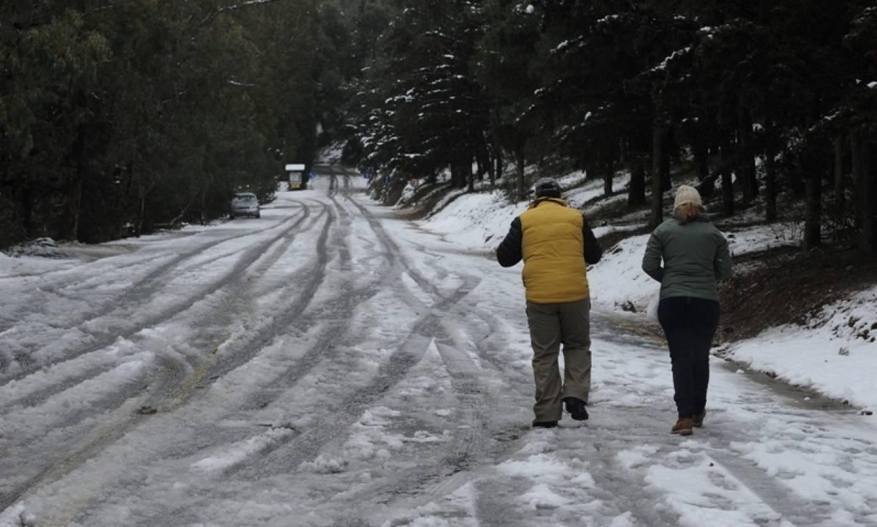 7dd6b427da7 Καιρός Live: Ένας νεκρός από την κακοκαιρία - Θα χιονίσει πάλι στο κέντρο  της Αθήνας