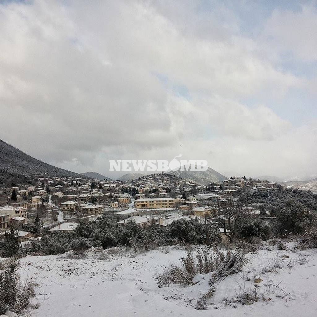 23dac1ec6ae Καιρός Live: Ξεκινά το δεύτερο κύμα χιονιά - Θα χιονίσει πάλι στο κέντρο  της Αθήνας