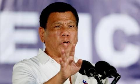 Πρόεδρος Φιλιππίνων: Πέταξα διεφθαρμένο άνθρωπο από ελικόπτερο και θα το ξανακάνω