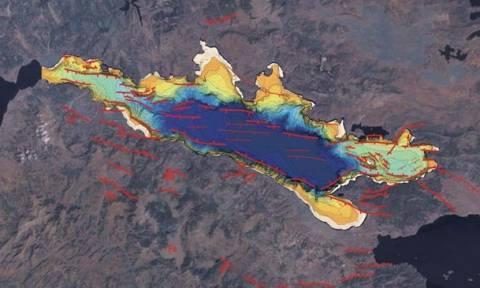 Τρόμος από τη μυστηριώδη παραμόρφωση του φλοιού της Γης στον Κορινθιακό Κόλπο - Τι συμβαίνει;
