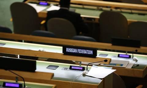 Ραγδαίες εξελίξεις: Οι ΗΠΑ απελαύνουν 35 Ρώσους διπλωμάτες