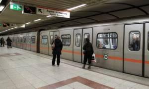 Κακοκαιρία: Ανοικτό το μετρό της Ομόνοιας για τους άστεγους