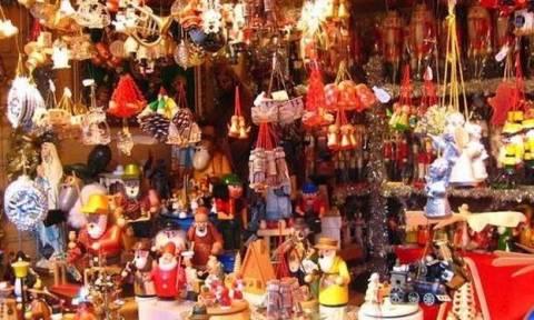 Εορταστικό ωράριο καταστημάτων – Πώς θα λειτουργήσουν τα μαγαζιά έως την Πρωτοχρονιά