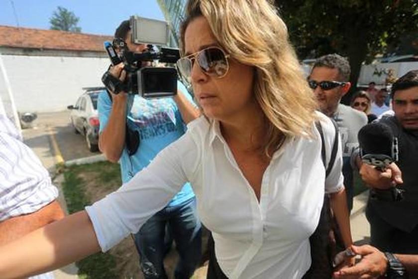 ΕΚΤΑΚΤΟ - Κυριάκος Αμοιρίδης: Αυτή είναι η σύζυγος του πρέσβη που συνελήφθη για τη δολοφονία του