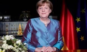 Απολογισμός Μέρκελ για το 2016: O κόσμος «γύρισε ανάποδα»