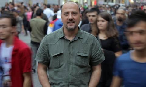 Η ελευθερία του Τύπου ψυχορραγεί στην Τουρκία: Στη φυλακή για «προπαγάνδα» διάσημος δημοσιογράφος