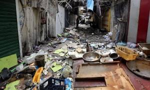 Iraq Baghdad: 28 dead as twin bombs rip through market