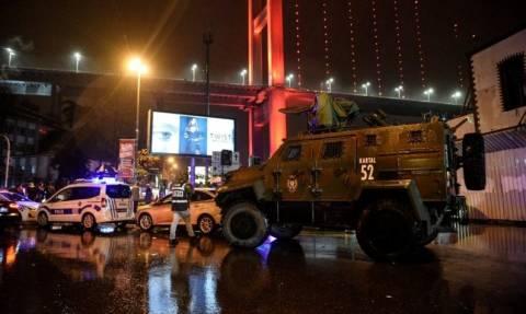 Επίθεση στην Κωνσταντινούπολη: Σοκάρει η μαρτυρία αυτόπτη μάρτυρα: «Έβγαζα πτώματα από πάνω μου»