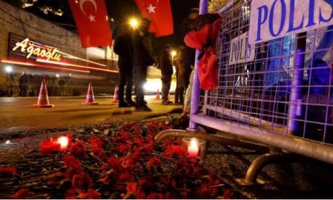 Επίθεση Κωνσταντινούπολη: Νέες φωτογραφίες του δράστη - 8 συλλήψεις για το αιματοκύλισμα στο Ρέινα