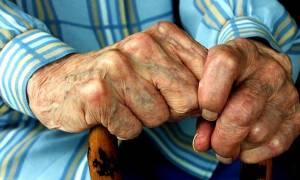 Στιγμές τρόμου για ηλικιωμένο στην Ιεράπετρα