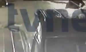 Νέο βίντεο ντοκουμέντο: Ο μακελάρης της Κωνσταντινούπολης λίγη ώρα πριν την επίθεση στο «Reina»