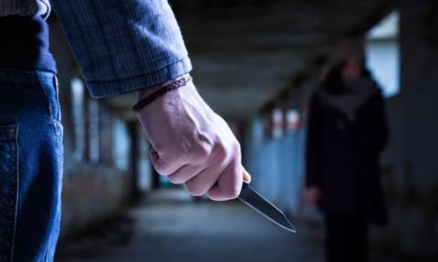 Κρήτη: Βγήκαν τα μαχαίρια - Χαροπαλεύει 26χρονος