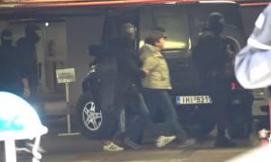 Πόλα Ρούπα: Αγνώριστη η σύντροφος του Μαζιώτη - Κρυβόταν σε διαμέρισμα στην Αθήνα
