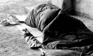 Καιρός: Ποιοι χώροι θα είναι ανοιχτοί για τους άστεγους στον Πειραιά