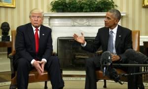 Ο Τραμπ «καρφώνει» Ομπάμα: Πολιτικό «παιχνίδι μαγισσών» η διαμάχη για τη Ρωσία