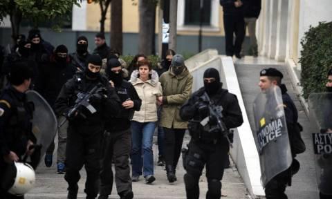 Πόλα Ρούπα: Ετοίμαζε χτύπημα στο λιμάνι του Πειραιά - Βρέθηκαν τα προσχέδια της προκήρυξης