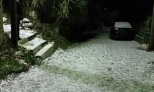Καιρός ΤΩΡΑ - Χιόνια: Το «έστρωσε» στην Κεφαλλονιά  - Δείτε φωτογραφίες
