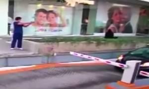 Σκηνές-Σοκ: Καρέ-καρέ η απόπειρα δολοφονίας αμερικανού αξιωματούχου στο Μεξικό (Vid)