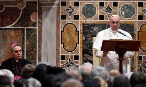 Γιατί ο πάπας Φραγκίσκος επαίνεσε την Ελλάδα