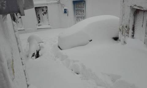 Καιρός: Νέα σφοδρή χιονοθύελλα πλήττει στις Σποράδες