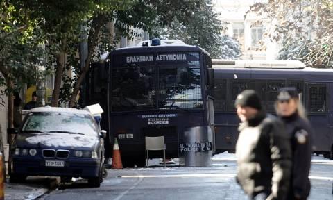 Αποκλειστικό: Συγκλονίζει η μαρτυρία του αστυνομικού που πυροβόλησαν στα γραφεία του ΠΑΣΟΚ