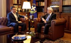 Κυπριακό: Τσίπρας προς Παυλόπουλο - «Θα εξαντλήσουμε κάθε δυνατότητα για εξεύρεση βιώσιμης λύσης»
