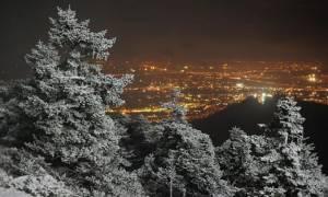 Καιρός ΕΜΥ: Πού θα χιονίσει τις επόμενες ώρες - Έρχεται νέο κύμα κακοκαιρίας από το βράδυ