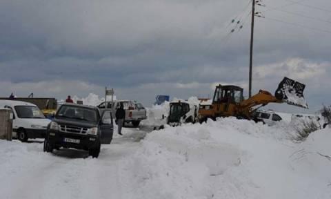 Καιρός: Θρίλερ με 25 αποκλεισμένους ταξιδιώτες στον όρμο Αγνώντα στη Σκόπελο