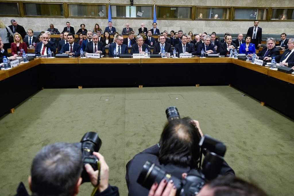 Κυπριακό Live: Κρίσιμη διάσκεψη στη Γενεύη - Μπαράζ επαφών Αναστασιάδη