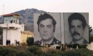 Συνελήφθη o πρώην κρατούμενος που είχε καταδικαστεί σε δις ισόβια για τον θάνατο των δύο αστυνομικών