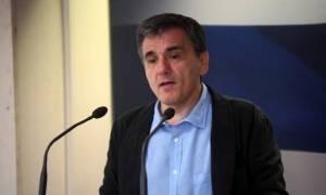 Τσακαλώτος: Το ΔΝΤ πρέπει να λάβει απόφαση αν θα συμμετάσχει στο ελληνικό πρόγραμμα